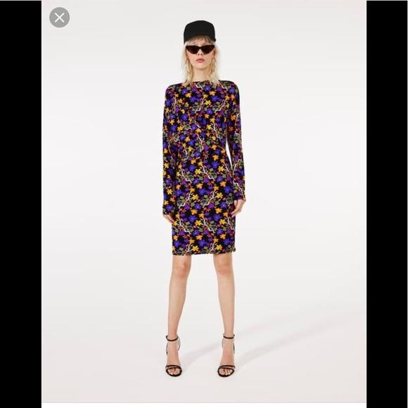 Zara Dresses & Skirts - ❤️ Zara classic floral dress draped front NWT M